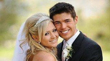 позируем для свадебного фотографа