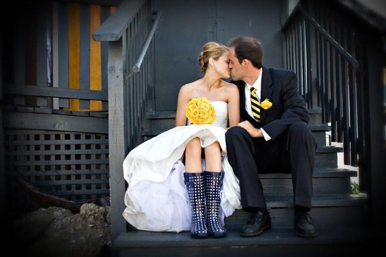 Невеста в резиновых сапогах