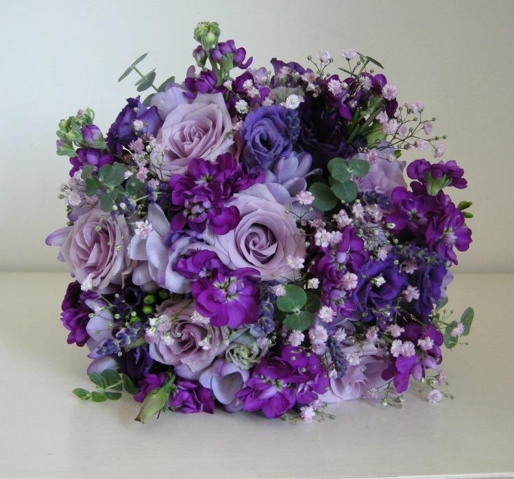 Сочетание различных оттенков фиолетового