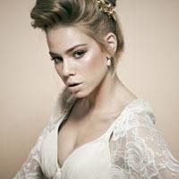 Высокие свадебные прически: практичные советы по созданию