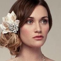 Идеи для свадебных причесок набок: самые интересные