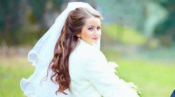 Укладки на свадьбу с фатой