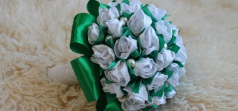 Практичный букет невесты из искусственных цветов: видео-уроки по созданию своими руками