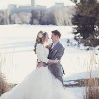 Как выбрать зимнее свадебное платье: основные критерии