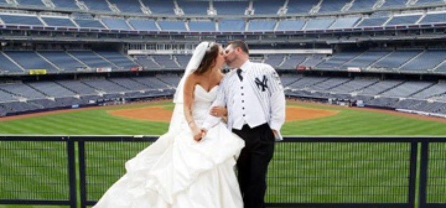 Лучшие идеи для свадебная фотосессии в городе: на крыше, стадионе, в парке и кафе
