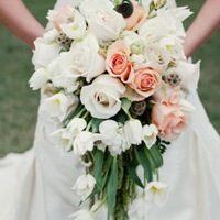 Каскадный букет: интересный выбор невест