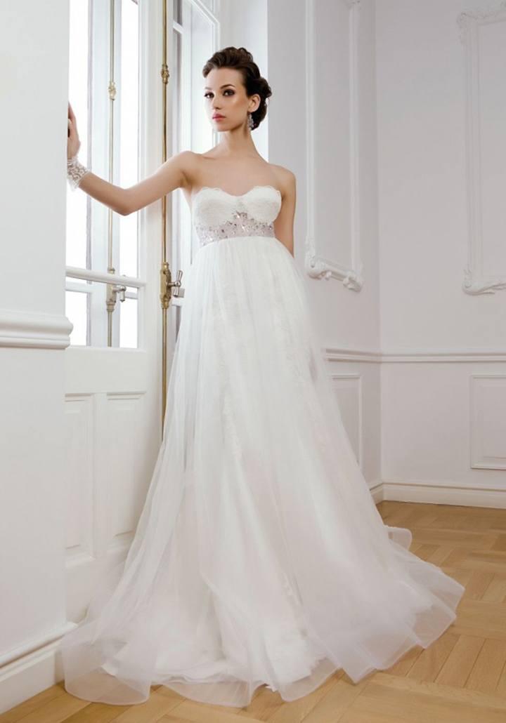 Беременная невеста в греческом платье
