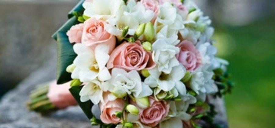 Самые красивые свадебные букеты: обзор эффектных вариантов