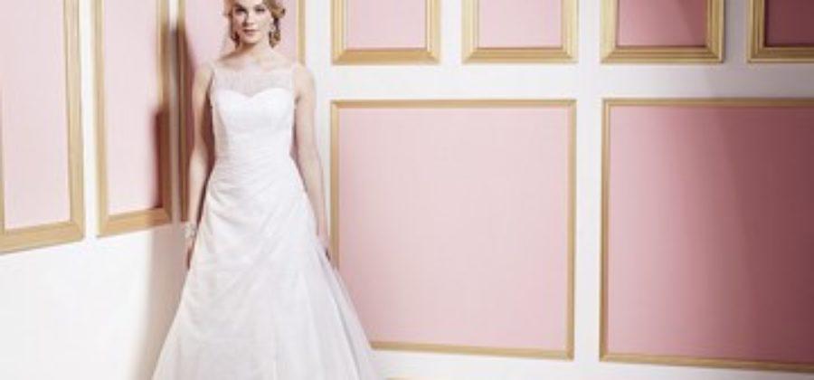 Лучшие модели свадебных платьев А-силуэта: ищем особенности