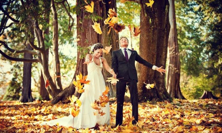В лесу осенью