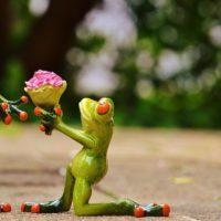 Удивите близких: оригинальные варианты подарков на свадьбу